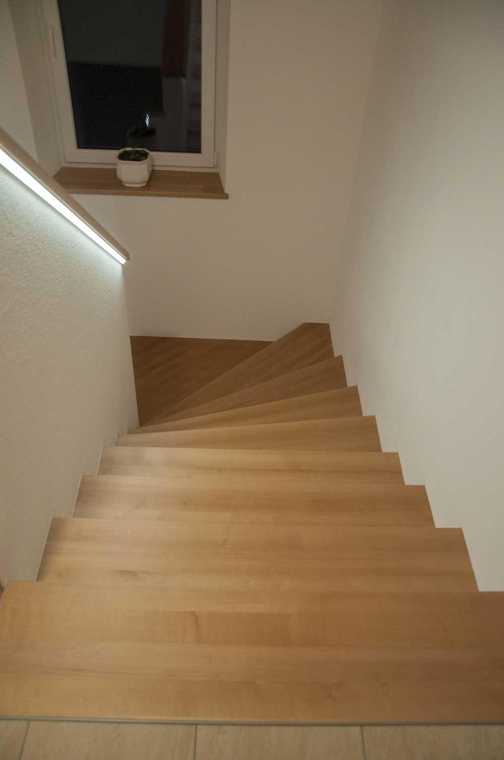 Tischlerei-Treppe-nach-Maß-1